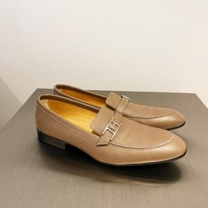 Hermés Monterey Loafer Taupe color